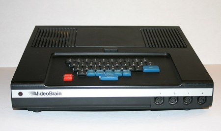 800px-videobrain_family_computer_-_front_view